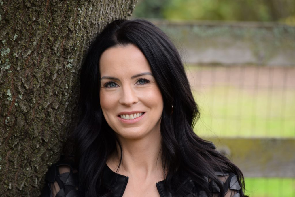 Jessica Farrulla Counseling, Licensed Marriage & Family Therapist • Certified EMDR Therapist • Specializing in First Responder Trauma EMDR, Couples Counseling | El Dorado Hills CA